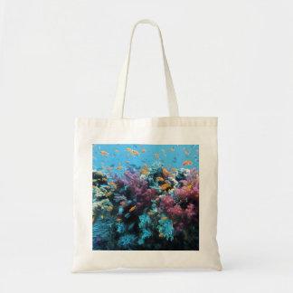 Debajo de coral y de pescados del agua bolsa tela barata