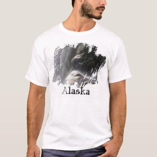 Debajo de la cascada; Recuerdo de Alaska Playera