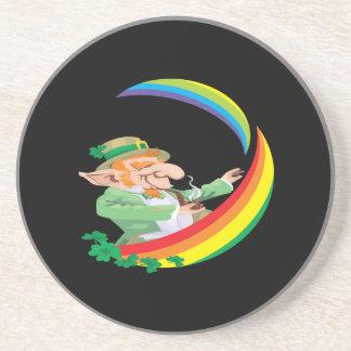 Debajo del arco iris posavasos personalizados