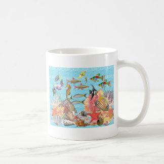 Debajo del mar taza de café