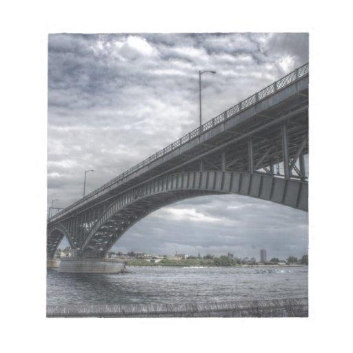 Debajo del puente bloc