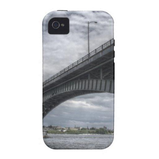 Debajo del puente Case-Mate iPhone 4 carcasa