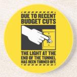 Debido a los recortes presupuestarios, la luz en e posavasos manualidades