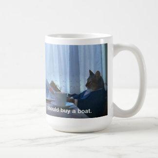 Debo comprar una taza del meme del gato del barco