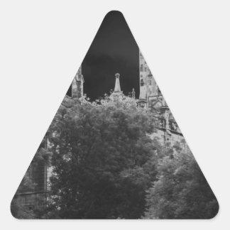 Decano Bridge Church Pegatina Triangular
