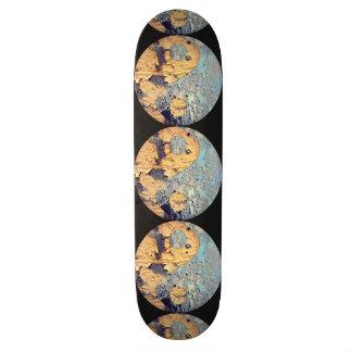 Decay Yin Yang Skateboard