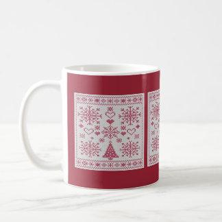 Dechado cruzado de la puntada del navidad taza básica blanca