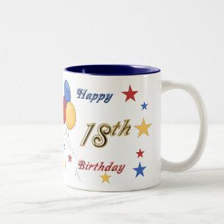 Décimo octava taza feliz del cumpleaños