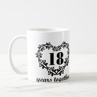 décimo octavo Aniversario 18 años junto del Taza