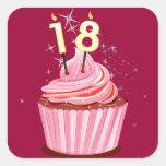 décimo octavo cumpleaños - magdalena rosada pegatina cuadrada
