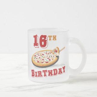 décimosexto Fiesta de la pizza del cumpleaños Taza