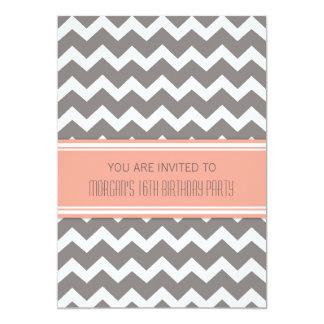 """Décimosexto invitaciones grises coralinas de la invitación 5"""" x 7"""""""