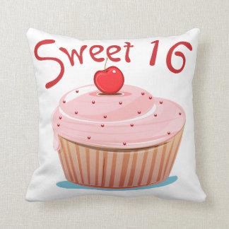 Décimosexto magdalena del cumpleaños del dulce 16 cojin