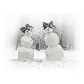 Declaración de moda hecha por los muñecos de nieve tarjeta postal