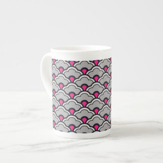 Deco Chinese Scallops, Grey / Gray, Black and Pink Tea Cup