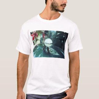 Deco que aerodinamiza la camiseta de los hombres