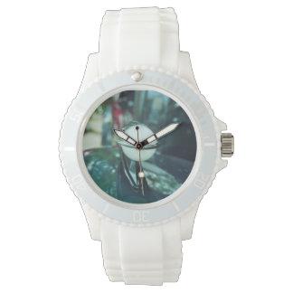 Deco Streamlining Sporty with White Strap Watch
