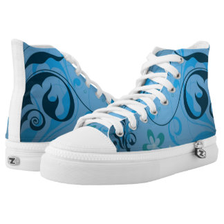 Decoración azul clara de la flor zapatillas