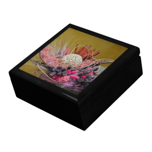 Decoración floral caja de recuerdo