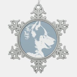 Decoración fornida de encargo del perrito del adorno de peltre en forma de copo de nieve