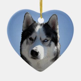 Decoración personalizada ornamento fornido del adorno navideño de cerámica en forma de corazón