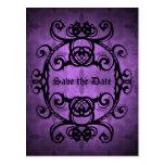 Decoración púrpura y negra del damasco gótico postal