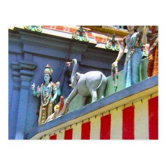 Decoración, señoras y animales del templo hindú postales