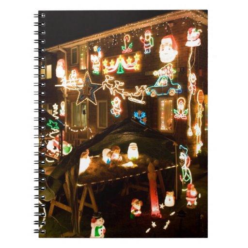 Decoraciones al aire libre del navidad libretas espirales