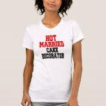 Decorador casado caliente de la torta camiseta