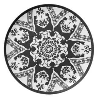 Decorative Black And White Dinner Plate