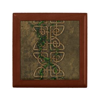 Decorative Celtic Knots With Ivy Keepsake Box