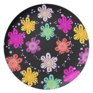 Decorative Multicolored Flower Plate (black)