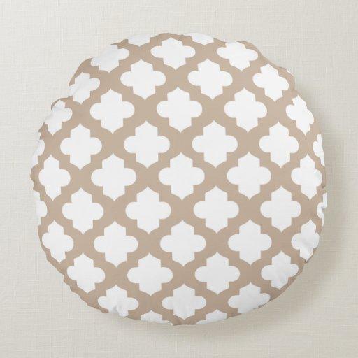 Quatrefoil Decorative Pillow : Decorative Quatrefoil Pillows Round Pillow Zazzle