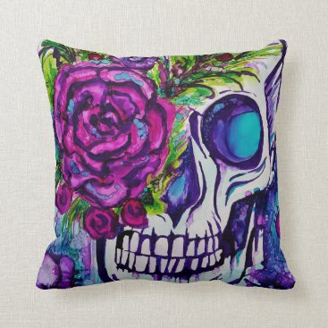 Halloween Themed Decorative Skull Throw Pillow