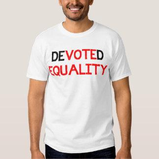 Dedicado al voto de la igualdad para el igual remeras
