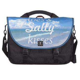 Dedos del pie de Sandy y besos salados