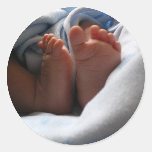 dedos del pie minúsculos pegatina redonda