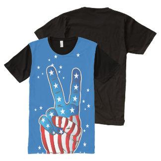 Dedos patrióticos de la mano de la victoria de