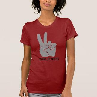 Dedos R B de la camisa dos del signo de la paz de
