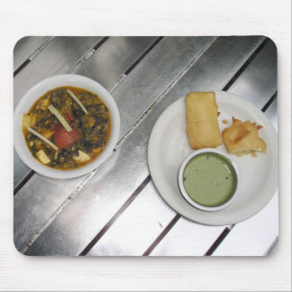 Deep fried Panner Cheese and spinach curry Mouse Pad