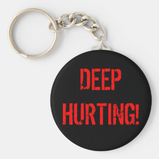 DEEP HURTING! BASIC ROUND BUTTON KEYCHAIN
