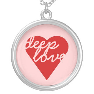 deep love round pendant necklace