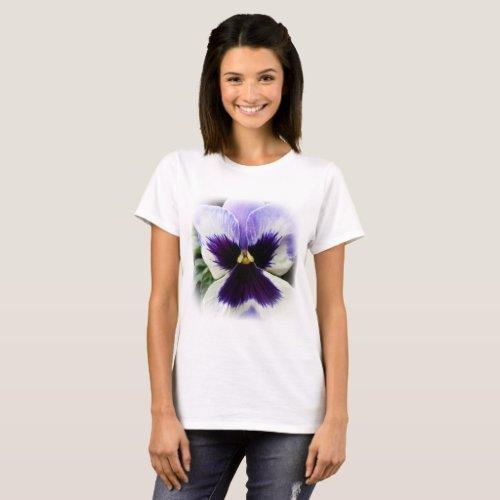 deep purple on white pansy T_Shirt