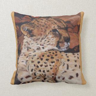 Deer-cushion Throw Pillow