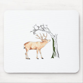 DEER EATING MOSS MOUSE PAD