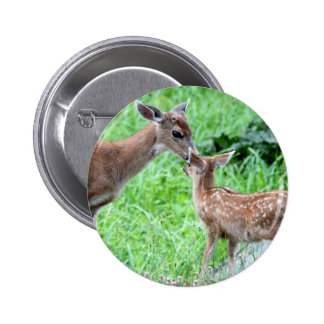 Deer Kissing Fawn Pin