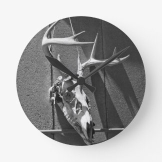 Deer Skull and Antlers in Black and White Round Clock