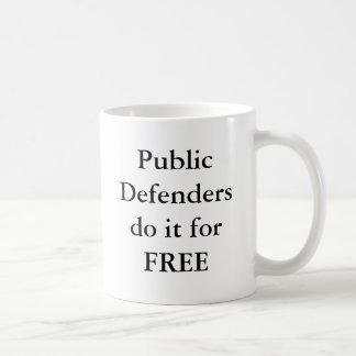 Defendersdo público él gratis taza
