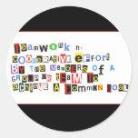 Definición del trabajo en equipo etiqueta redonda