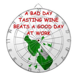 degustación de vinos tablero dardos